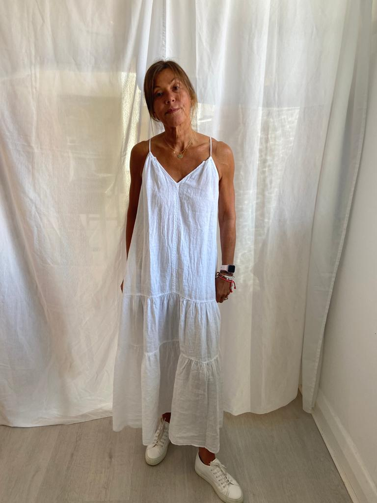 V Cleo dress in white