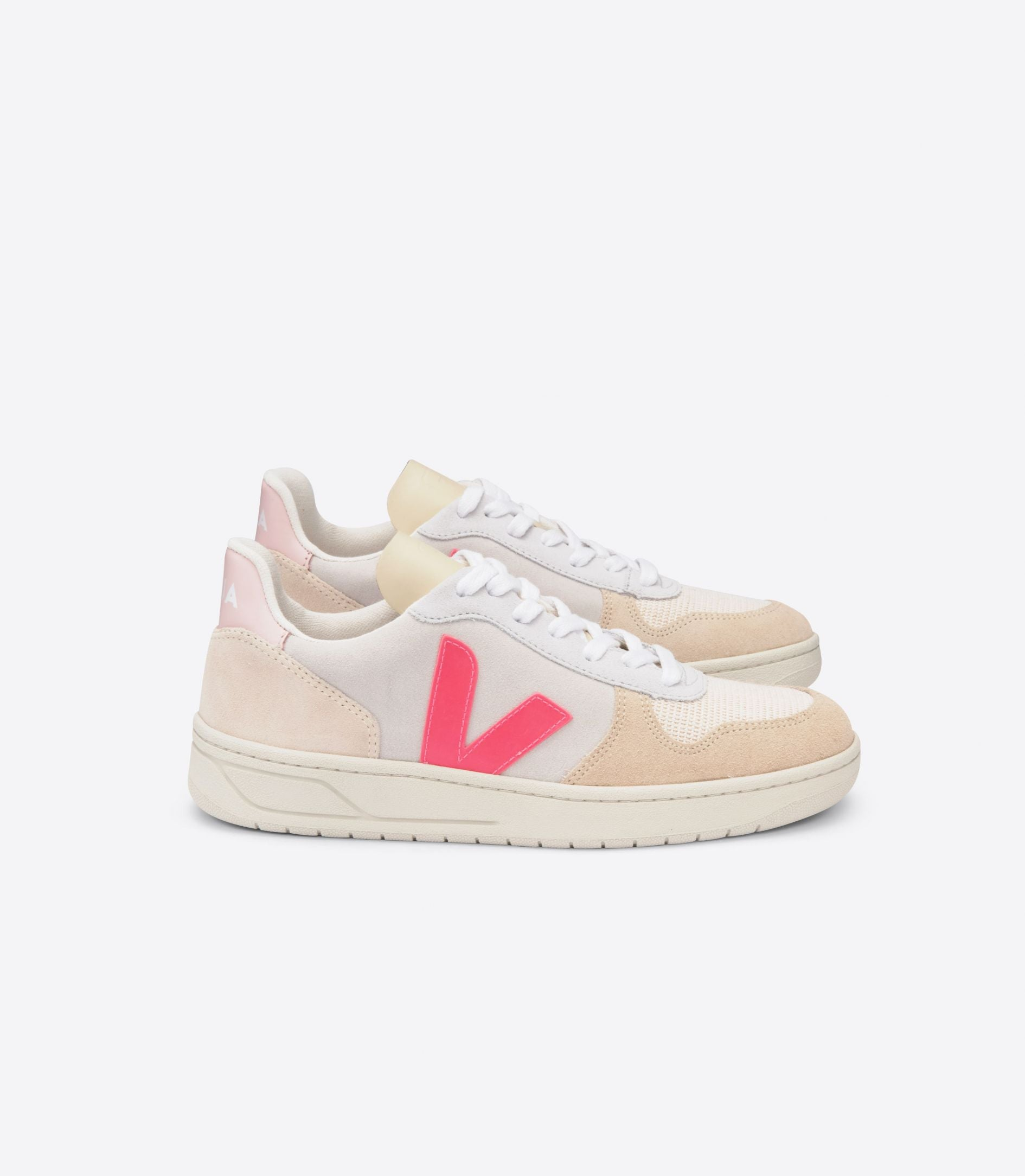 VEJA V-10 Suede in Multi, Natural, Rose