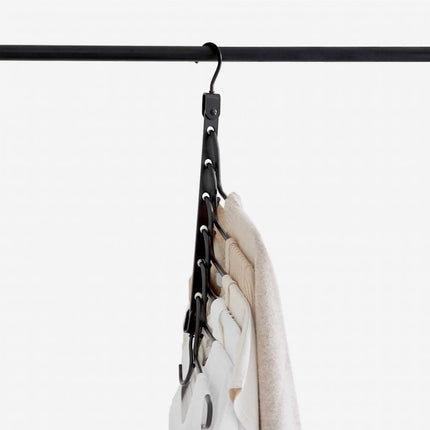 STEAMERY Space saving hanger