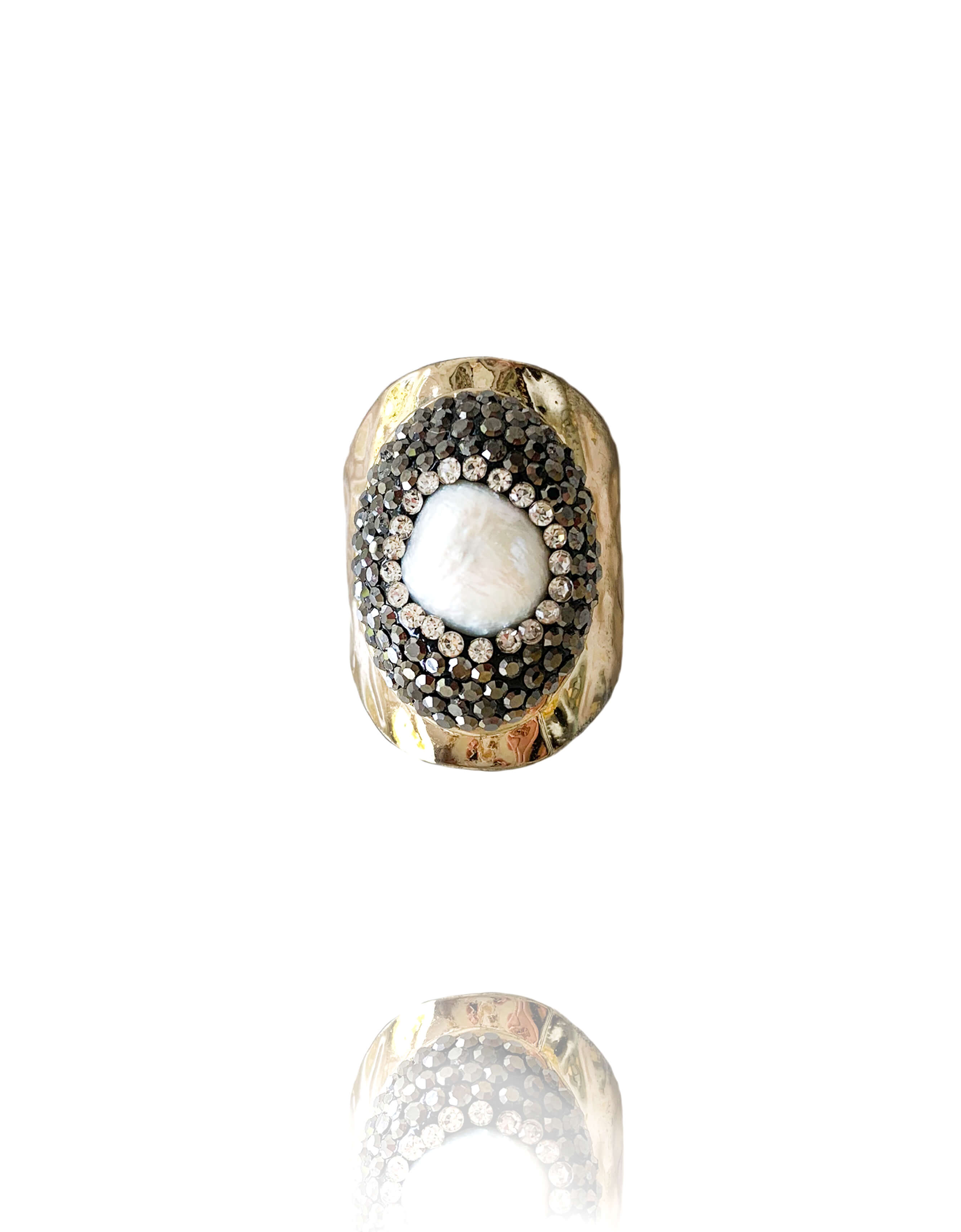 Nacrie Pearl Ring