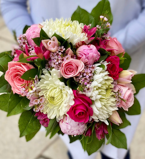Mother's Day Special - Pink & White Bouquet