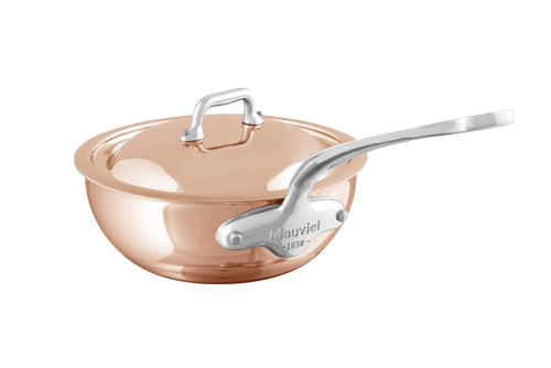M'6S curved splayed saute pan with lid