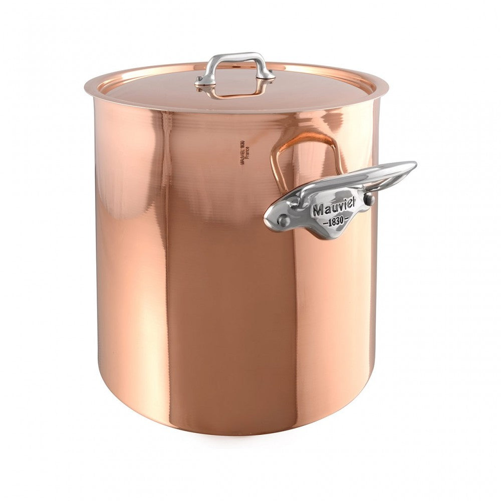 M'héritage 150s stockpot with lid packshot