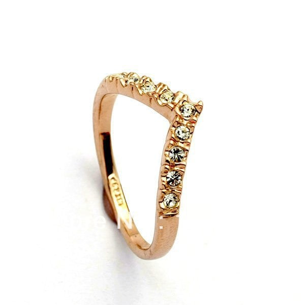 Lover Hot Sell Elegant Gold Color Wedding Ring Made with Genuine Austrian Crystals