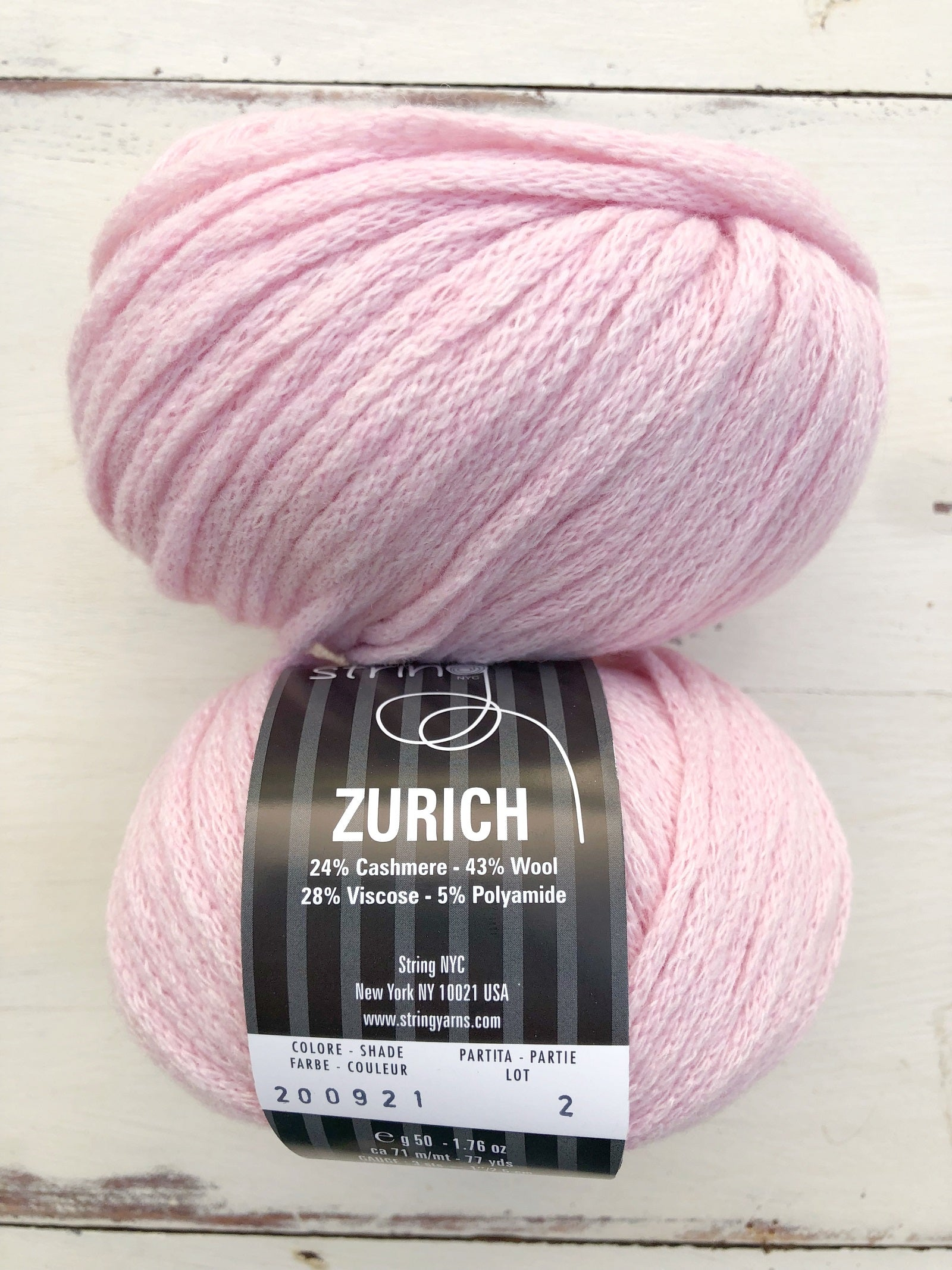 String and Jennifer Knits Zurich