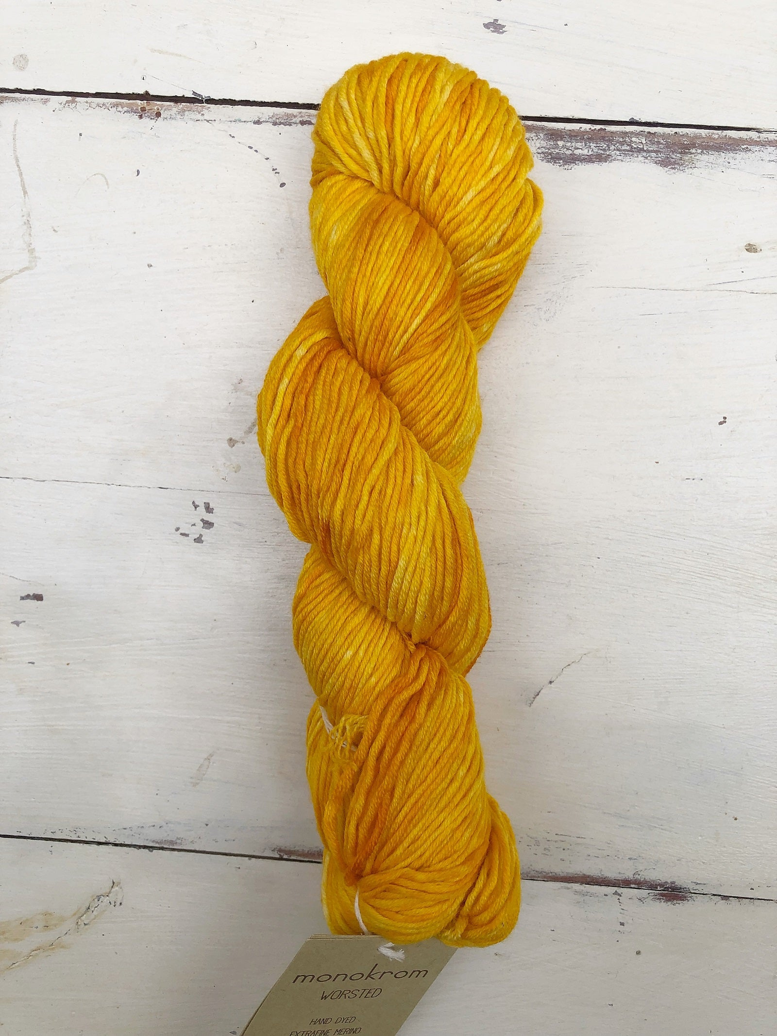Urth Yarns Monokrom Worsted