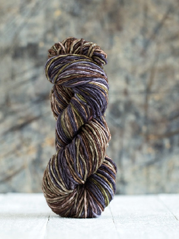 "Urth Yarns ""Uneek"" Worsted 100% Merino"