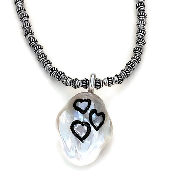 Black Hearts Pearl Necklace