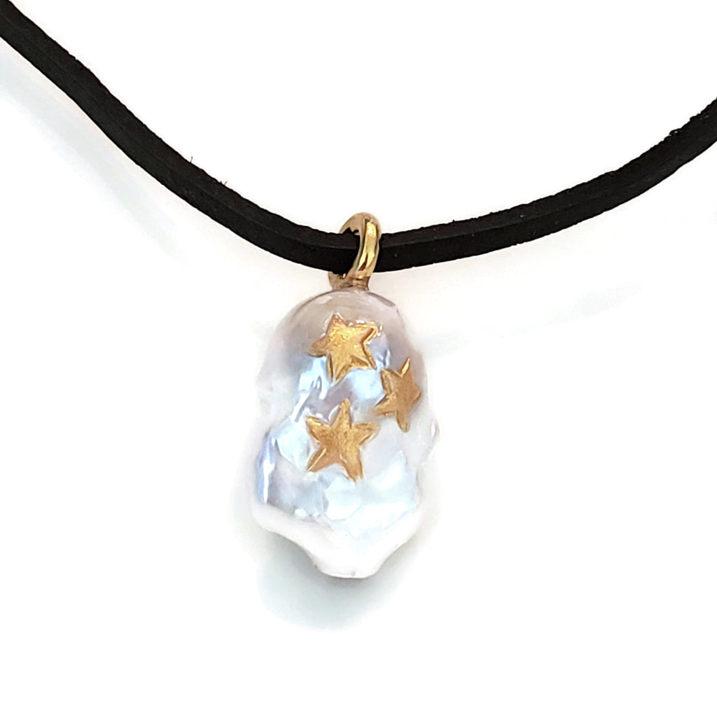 Golden Stars Pearl Leather Necklace