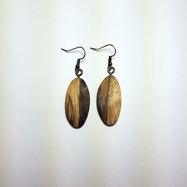 Exotic Natural Beauty Oval -- B