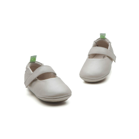 Tip Toey Joey Dolly - Antique White