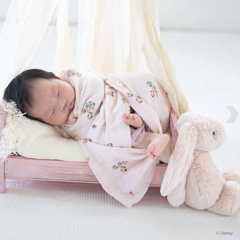 Elly Organic Cotton Swaddle - Flower Mickey