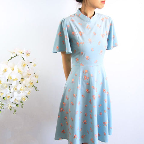 Le Petit Society Cherry Blossom Series - Ladies Butterfly Sleeves Dress In Blue