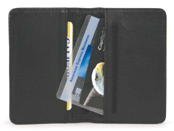 A black Credit Card Wallet protects your credit cards from unauthorized Radio-frequency Identification (RFID) access using Wireless Security Shield™ (WSS) technology.