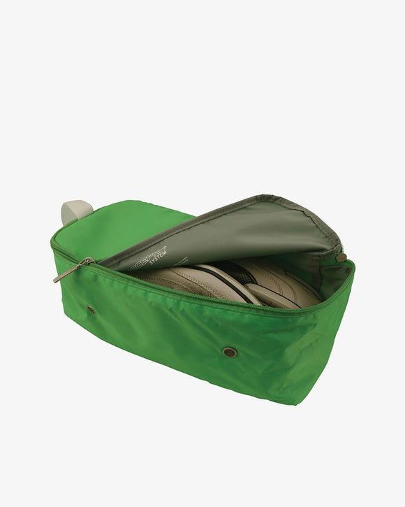 This is an emerald green Flight 001 travel spacepak shoe packing cube.