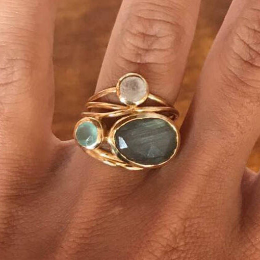 Stylish Oval Moonstone Ring