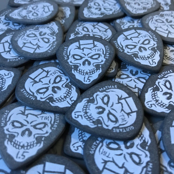 """Jazz Maxx"" - Mathas Guitars - Guitar Picks - ""SkullDuggery"" Logo - 1.5 mm - BLACK - White Graphics"