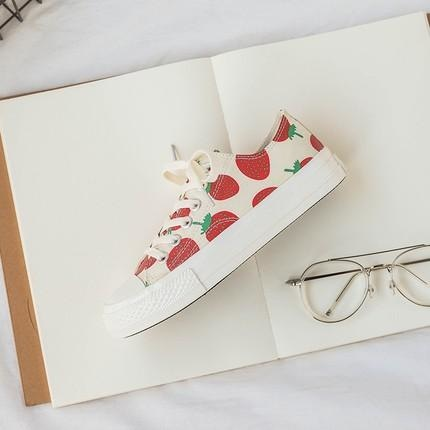 Berry Babe Sneakers - Low Ankle / 4 - Shoes