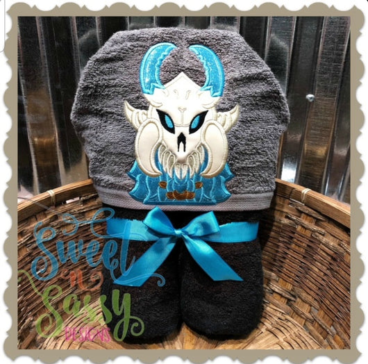 Fortnite Friends- Skull Hooded Towel