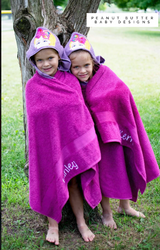 Troll Friends - Pink Troll Hooded Towel