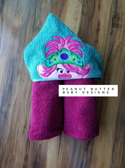 Troll Friends - Queen Troll Hooded Towel