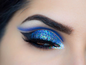 AshcosmeticsGlitter Eyeshadow Reflects Blue