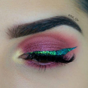 Glitter Eyeshadow Reflects Green - Ashcosmetics