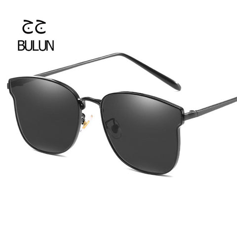 Sun Glasses Women and Men Fashion High Quality