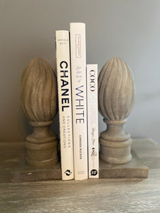 Finial Bookends