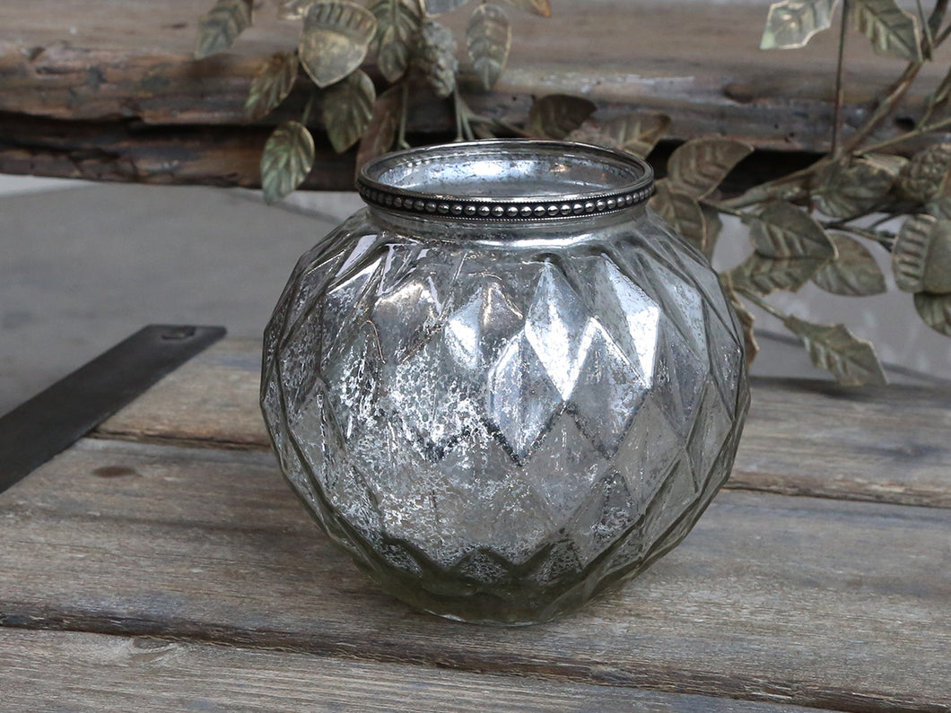 Pearl Edge Glass Vase