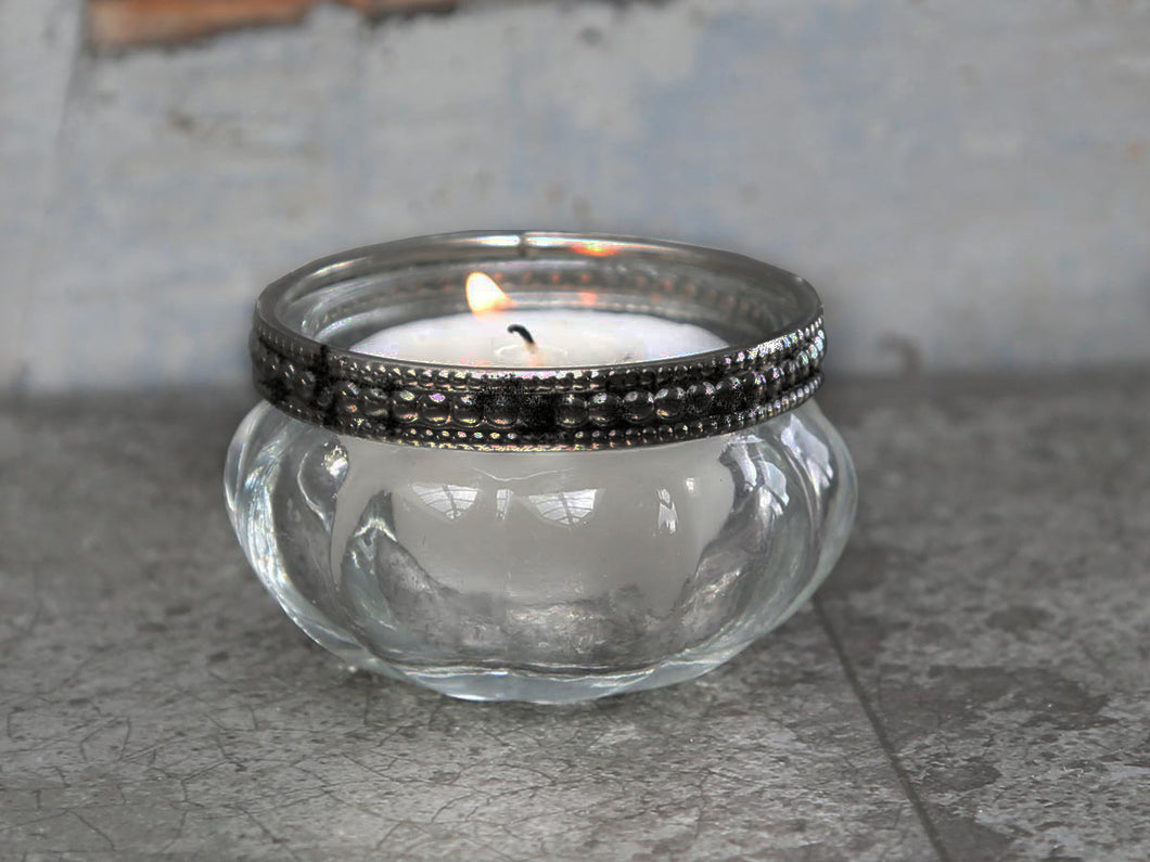 Pearl Edge Tea Light Holder