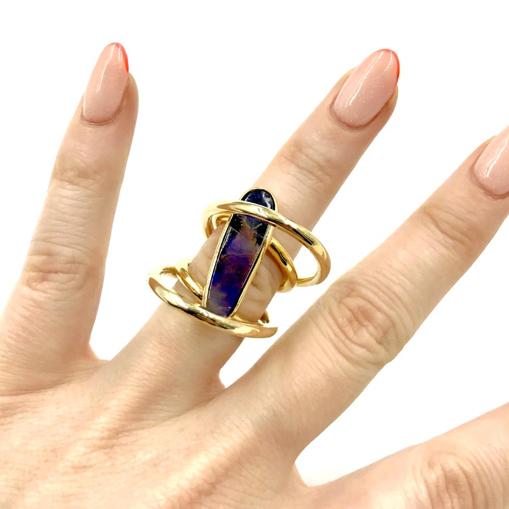 Single Hinged Cloud Ring Featuring Slit Opal