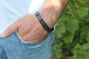 Crosstraxx Let Go and Let God - Titanium Prayer Bracelet