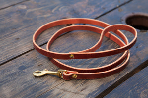 "1/2"" Red or Brown Tärnsjö leather leash for small dogs"