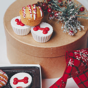 Christmas Muffins & Cups Treat Box