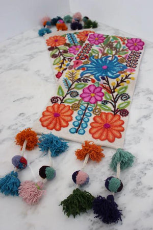 Primavera Table Runners
