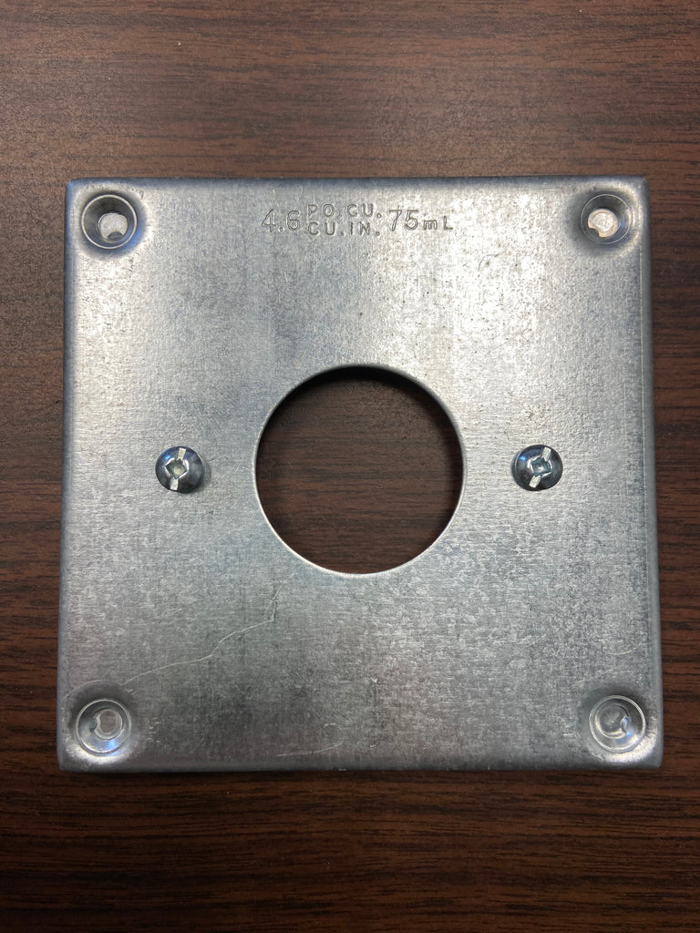 "BC8363 4"" Square Cover 15A Round Receptacle"
