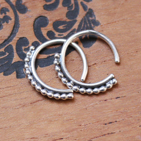 handmade-ethnic-Small-Silver-Huggie-Hoops-02