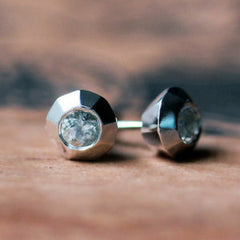 handmade-ethical-White-Topaz-Faceted-Silver-Studs-02