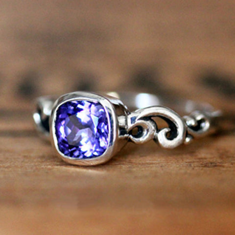 handmade-ethical-Water-Dream-Tanzanite-Ring-02
