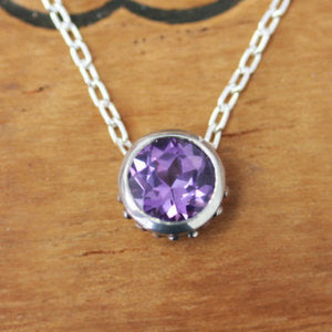 handmade-ethical-Alexandrite-Wrought-Bezel-Necklace