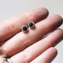 lace spinel earring 5