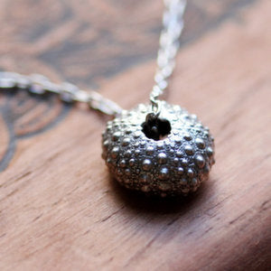 handmade-ethical-Silver-Sea-Urchin-Necklace-02