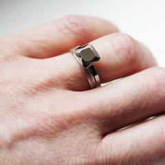 metal diamond ring