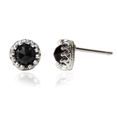 black spinel lace earring 1