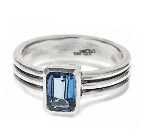 modern-blue-topaz-ring