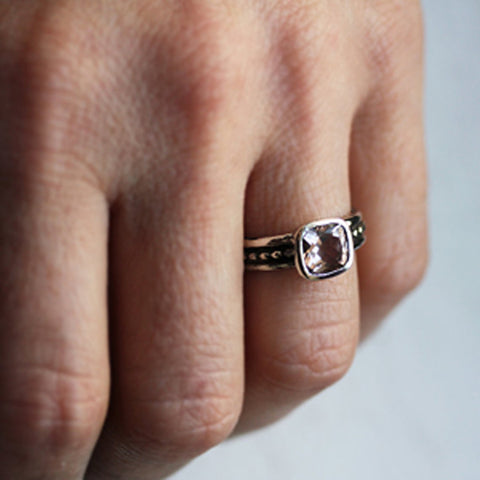handmade-ethnic-Pink-Morganite-Crush-Ring-02