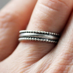 silver-beaded-wedding-band