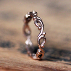 rose-gold-wave-ring
