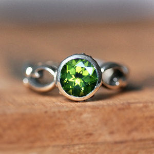 handmade-ethical-Peridot-Sterling-Silver-Wrought-Infinity-Swirl-Ring